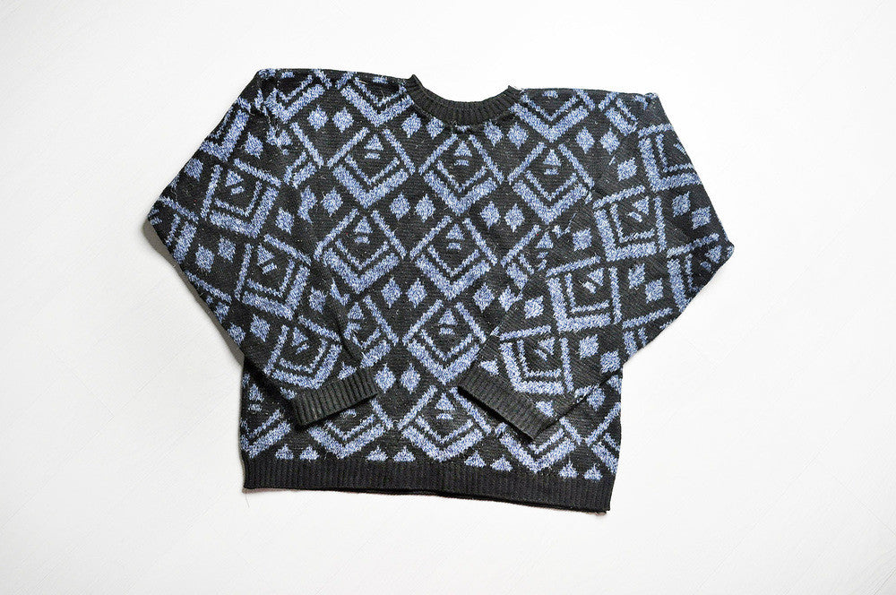 Vintage Blue/Black Diamond Pattern Knit Jumper/Sweater