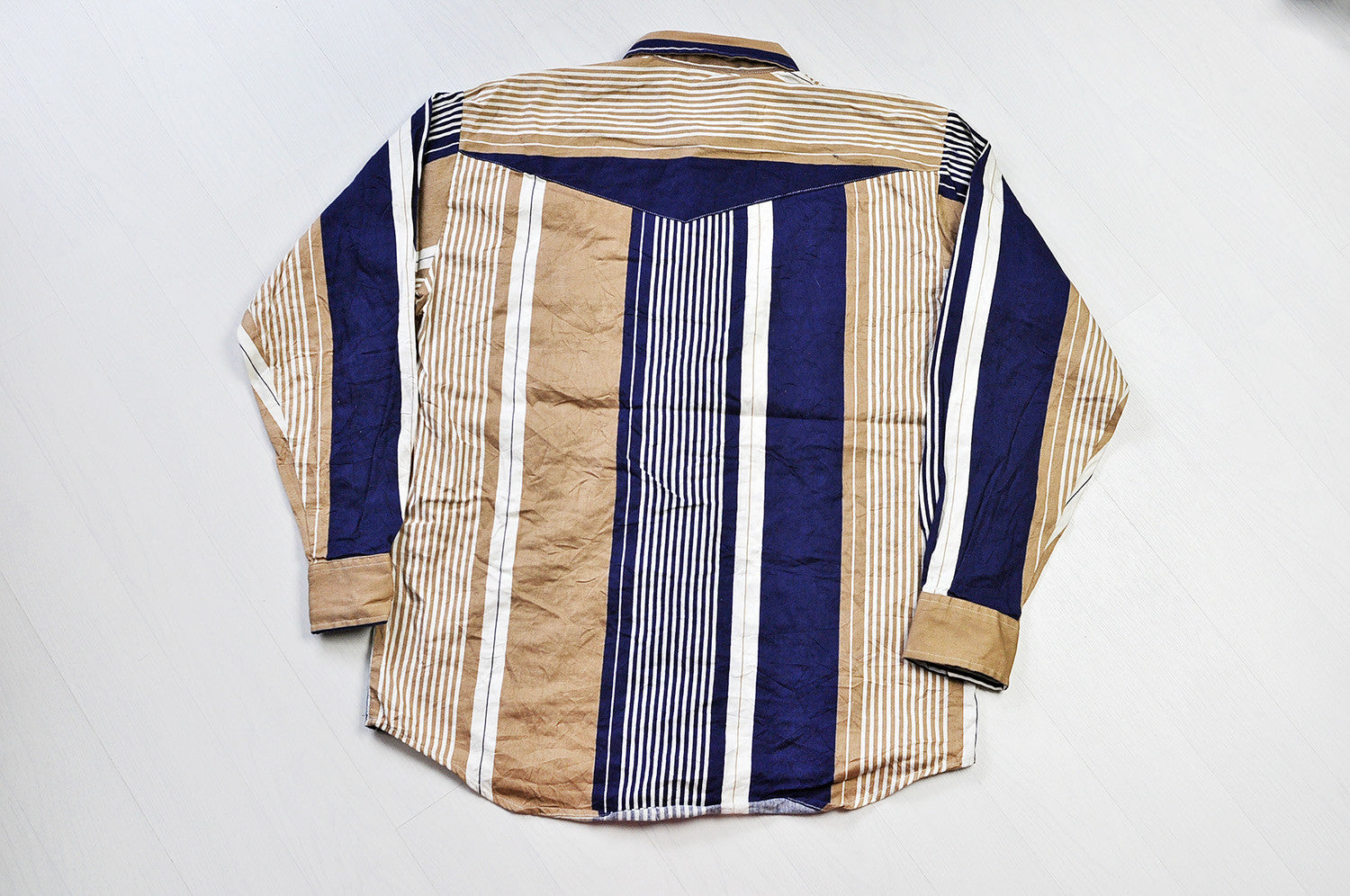 Vintage Western Patchwork Stripe Pattern Long Sleeve Button Up Oxford Shirt - Biege/Navy