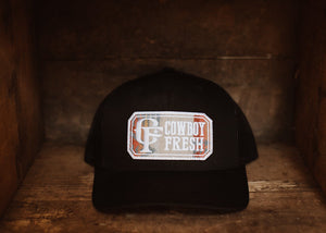 Curved Bill Trucker Snapback Black/Cream Native Fabric