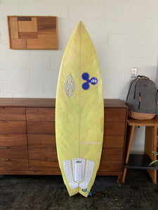 "USEDBOARD // POSITIVE SURFBOARDS Angel Fish Model 5'9"" x 19 1/2"" x 2 9/32"""