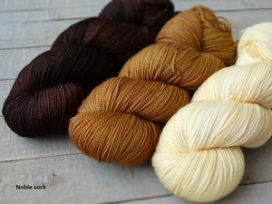 Ancestral set - Noble sock - Fall for November yarns