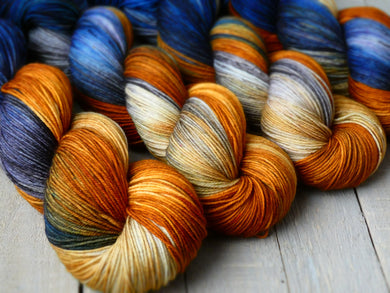 Fall Sunset - Vibrance collection - Fall for November yarns