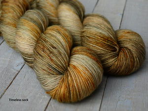 Falling Leaves - Vibrance collection - Timeless sock - Fall for November yarns