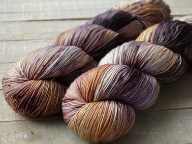 Monarchy - Vibrance collection - Fall for November yarns