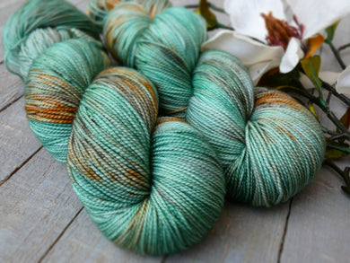 Oxidized Copper - Vibrance collection - Fall for November yarns