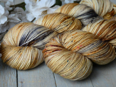 Peppery Bun - Timeless sock - Fall for November yarns