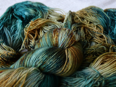 Rusty Sea - Vibrance collection - Fall for November yarns
