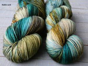 Rusty Sea - Vibrance collection - Noble sock - Fall for November yarns