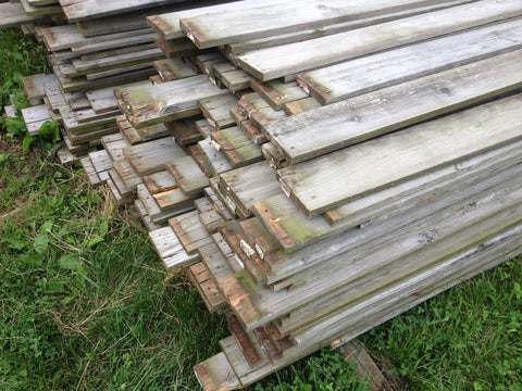 Reclaimed pine fencing material