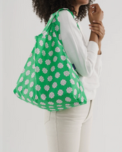Load image into Gallery viewer, Green Daisy - Standard Baggu