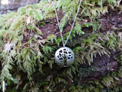 Deciduous Necklace