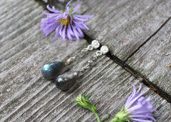 Dewdrop earrings with labradorite