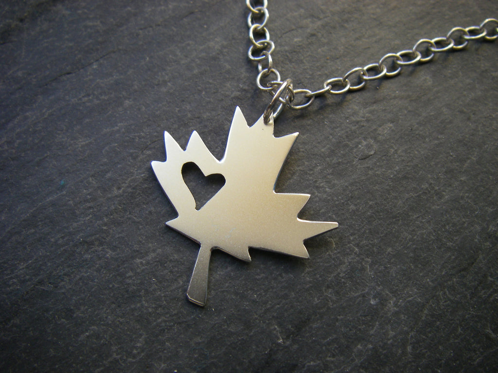 product graceandvalour leaf canadian original by com valour maple notonthehighstreet grace necklace