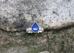 Lapis Lazuli Daisy Chain Ring in sterling silver - ready to ship size 8