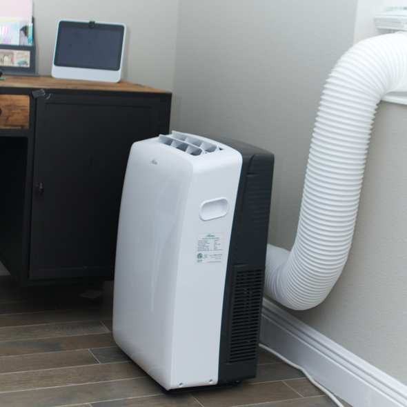 Hunter HPAC-08C150 8,000 BTU Portable Air Conditioner in Bedroom