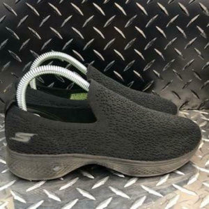 Skechers Go Walk Four-Gifted