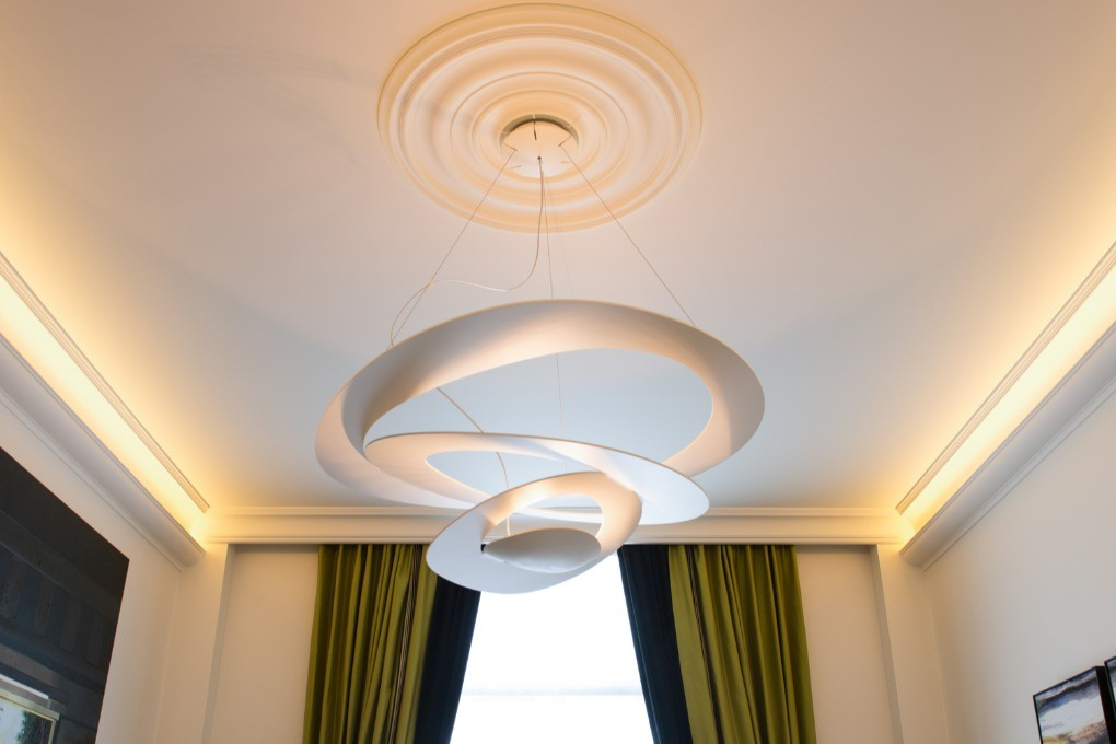 CLASSIC CEILING ROSE - No.40 (74.5cm⌀)