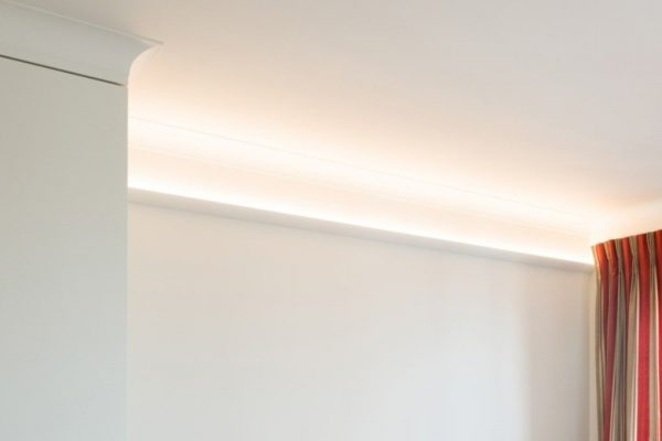 CORNICE MOULDING - No.362  (Uplighting)