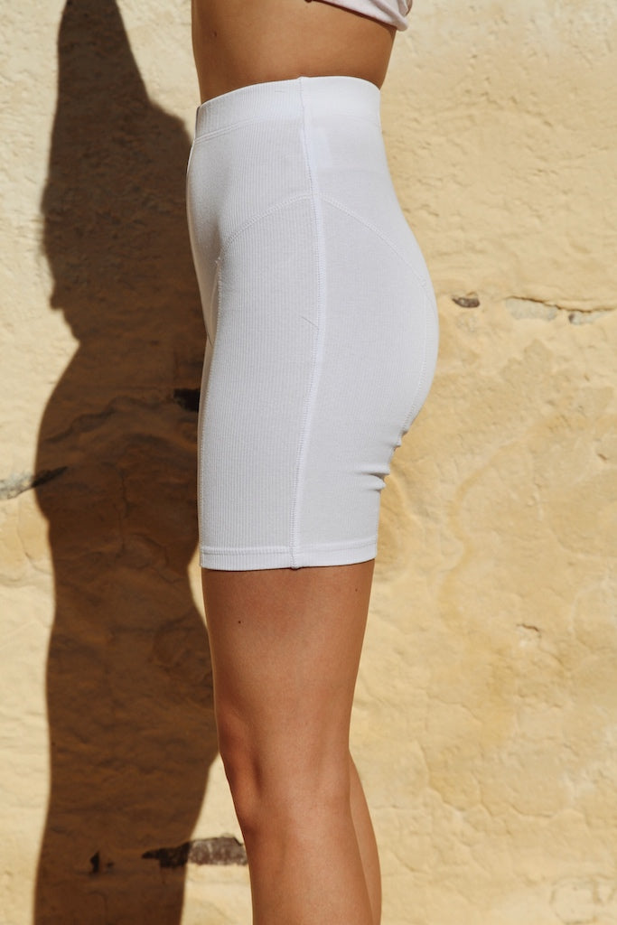 ELEMENTS BIKE SHORT [white]