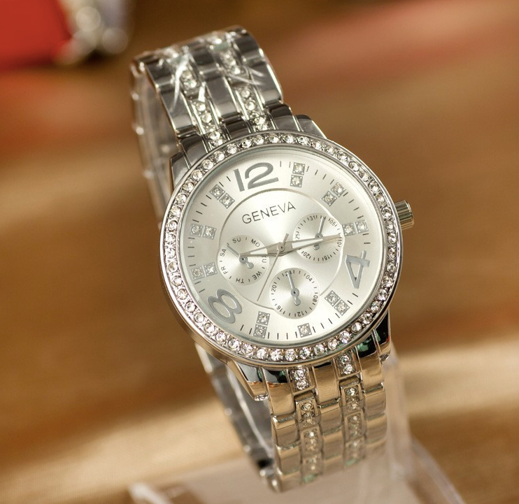 HM LUXURY Rhinestone Crystal SILVER Watch