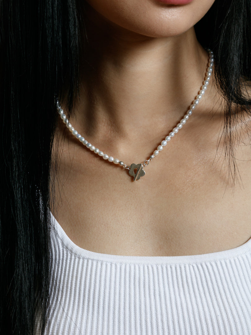 Sofia Pearl Necklace in Sterling Silver