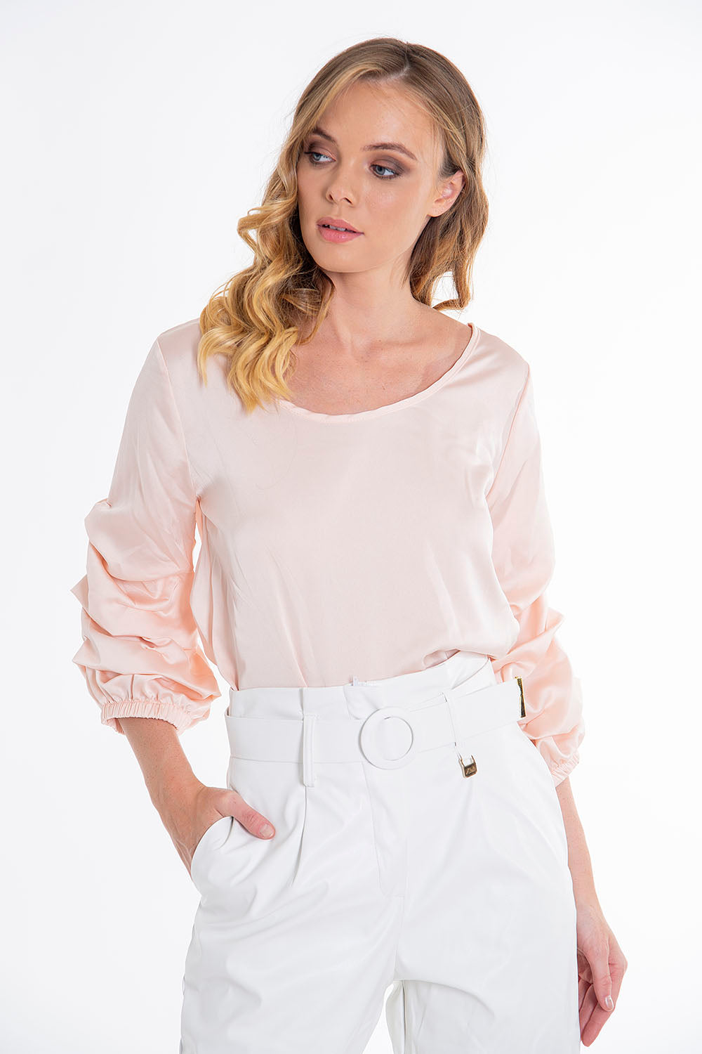 Susy Mix top with ruched sleeves