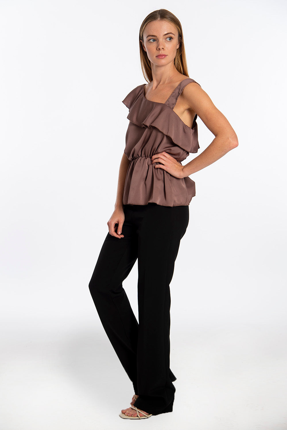 Rinascimento shoulders details top with frills and soft waistband