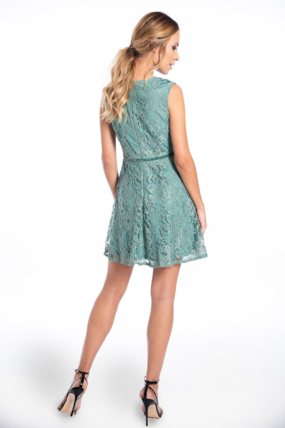 Glamorous lace skate dress with back zip and velvet detail