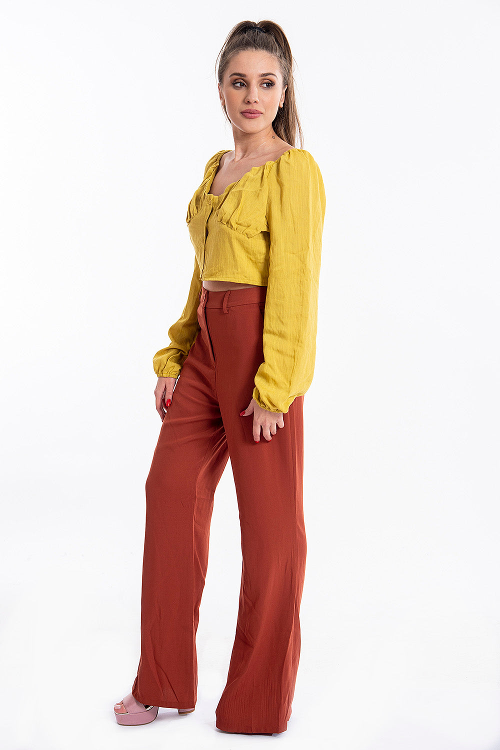 Glamorous shirred linen cropped shirt