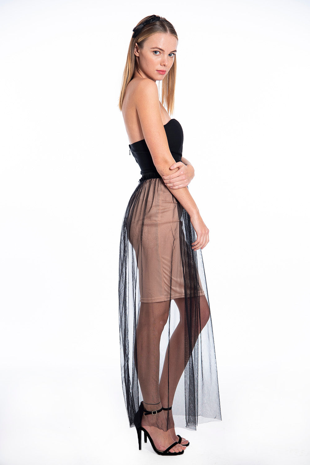 Strapless tulle V front maxi dress
