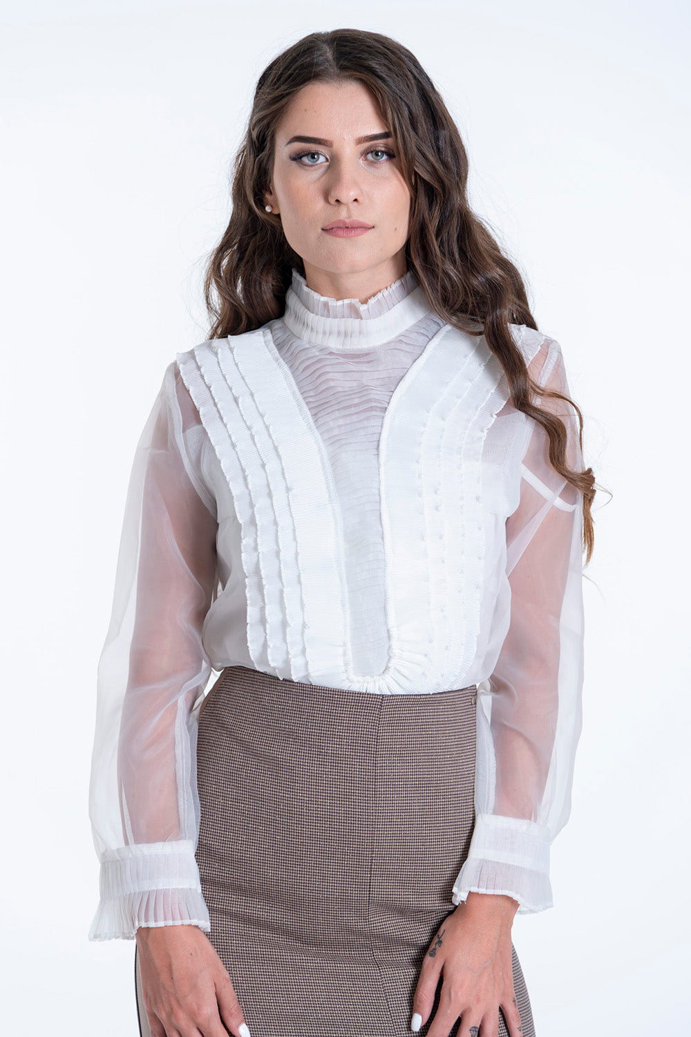 Paccio ruffle front and buttons back mesh top