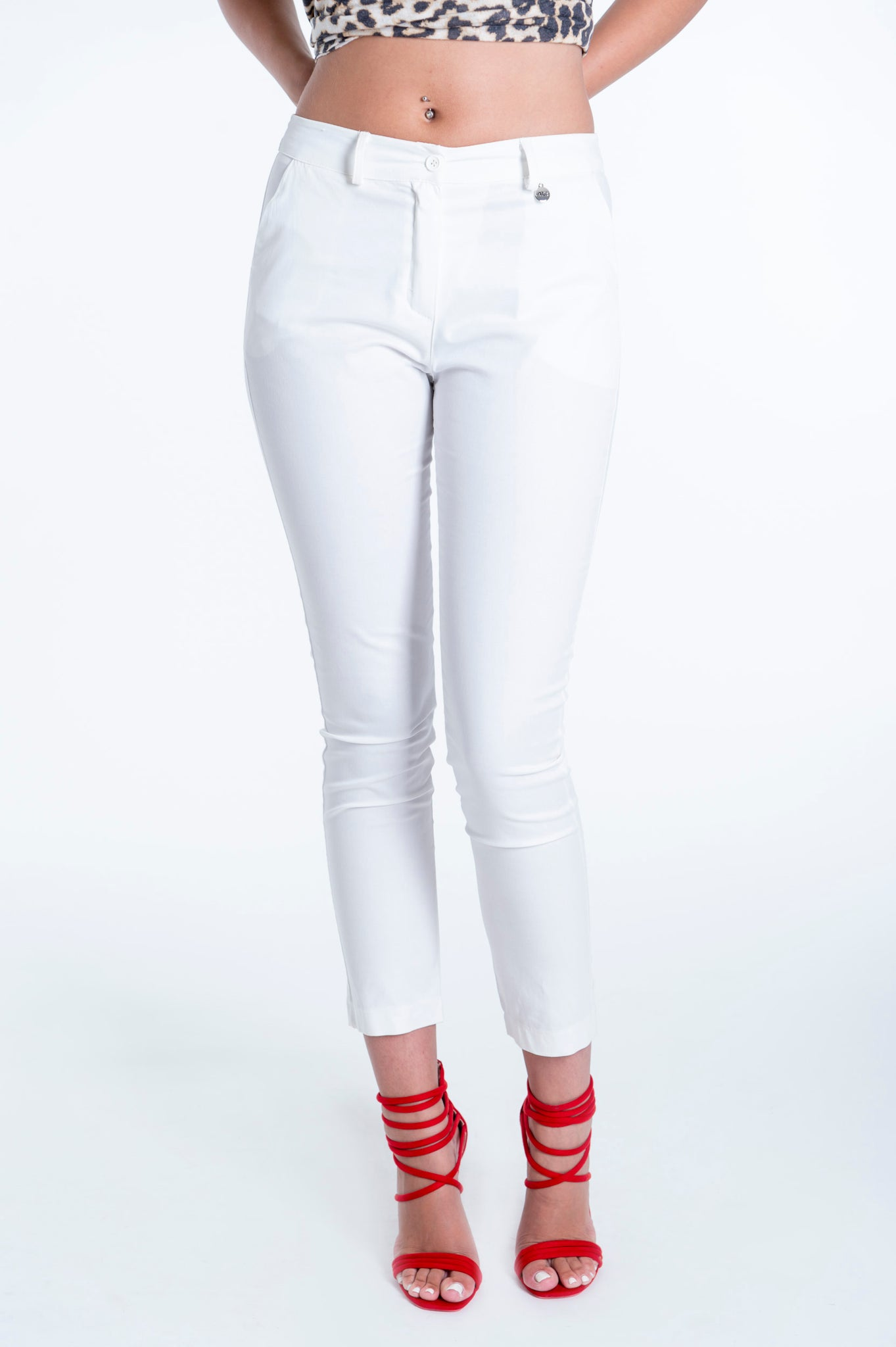 Akè basic ankle length trousers