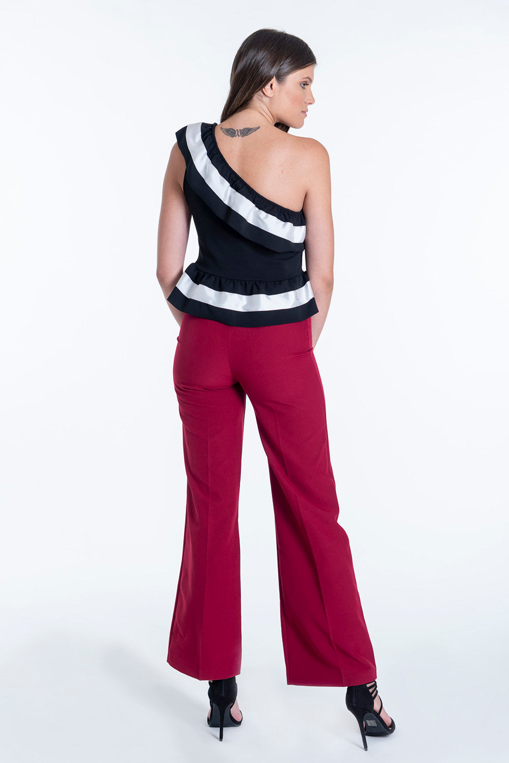 Akè wide leg suit trousers with two buttons and belt