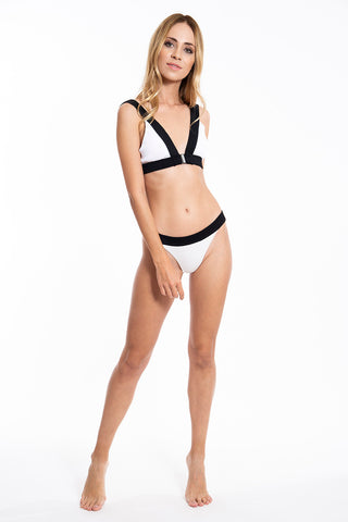 Ribbed black and white bikini set