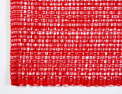 Placemat in plaid red and white