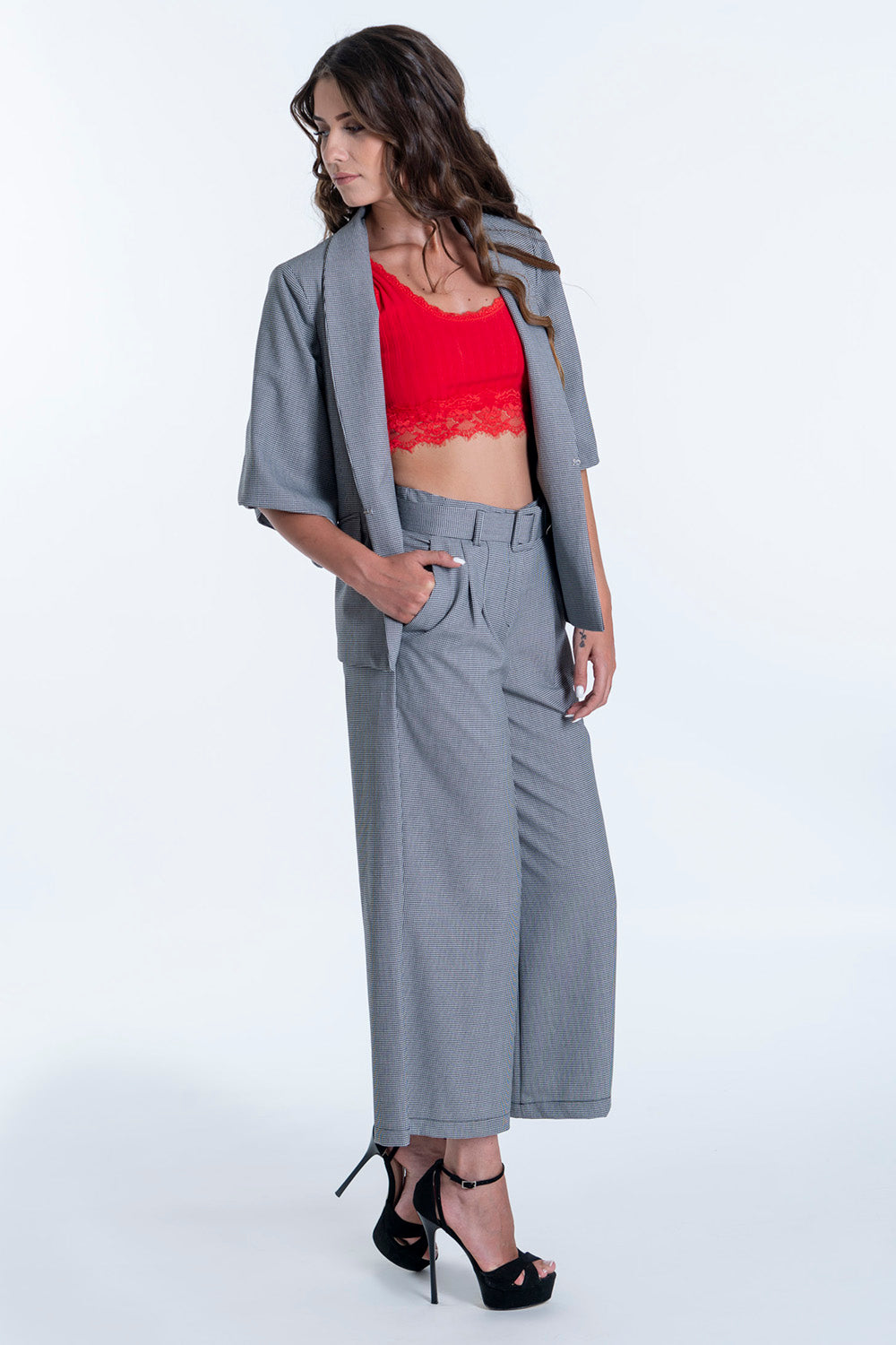Akè wide leg cropped trousers in check pattern co-ord