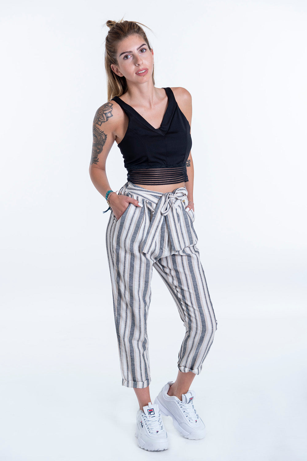 Linen trousers in stripes with tie belt
