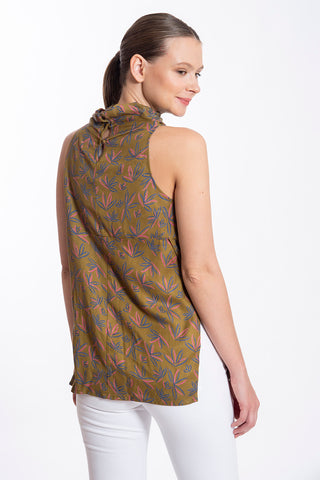 Fusioni natural made high neck top in leaves pattern