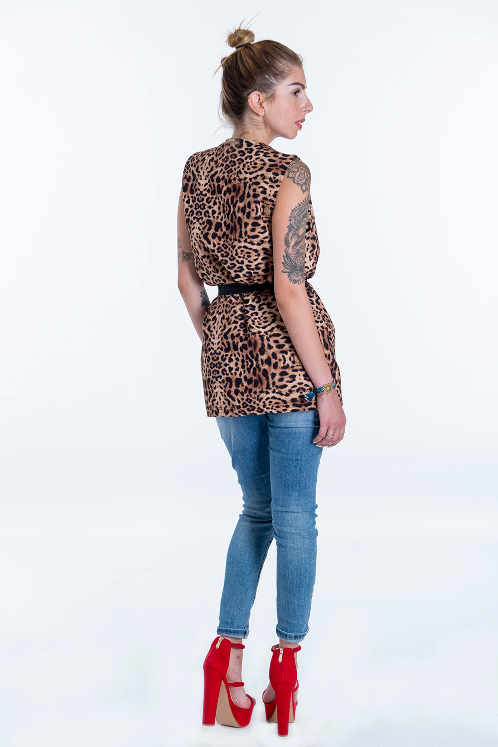 Akè leopard sleeveless blazer with tie waist belt