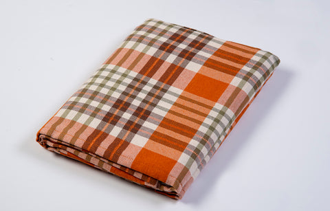 Bardwil linens Berry Plaid oblong tablecloth in warm colours