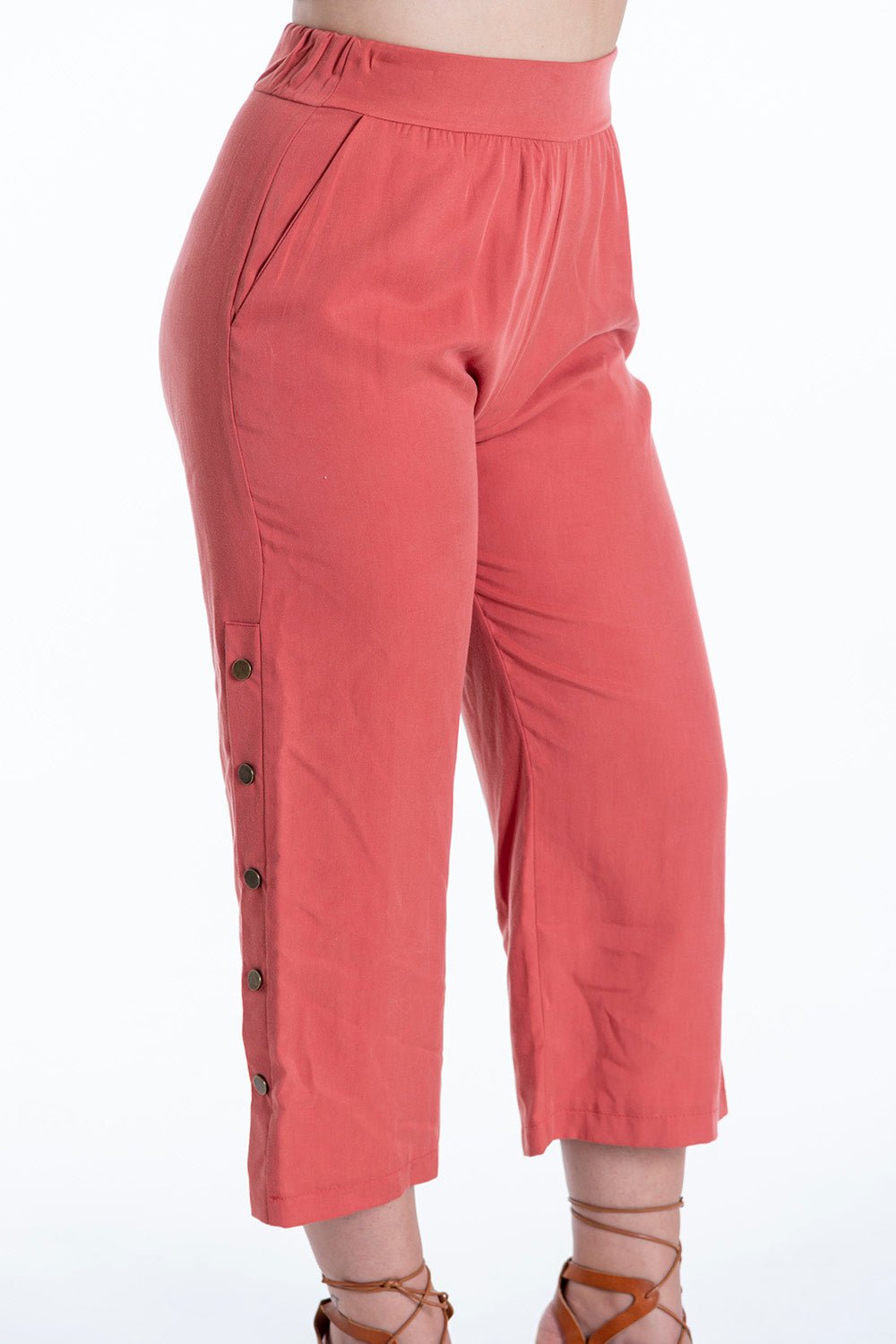 H2O waistband straight line cropped trousers with side buttons