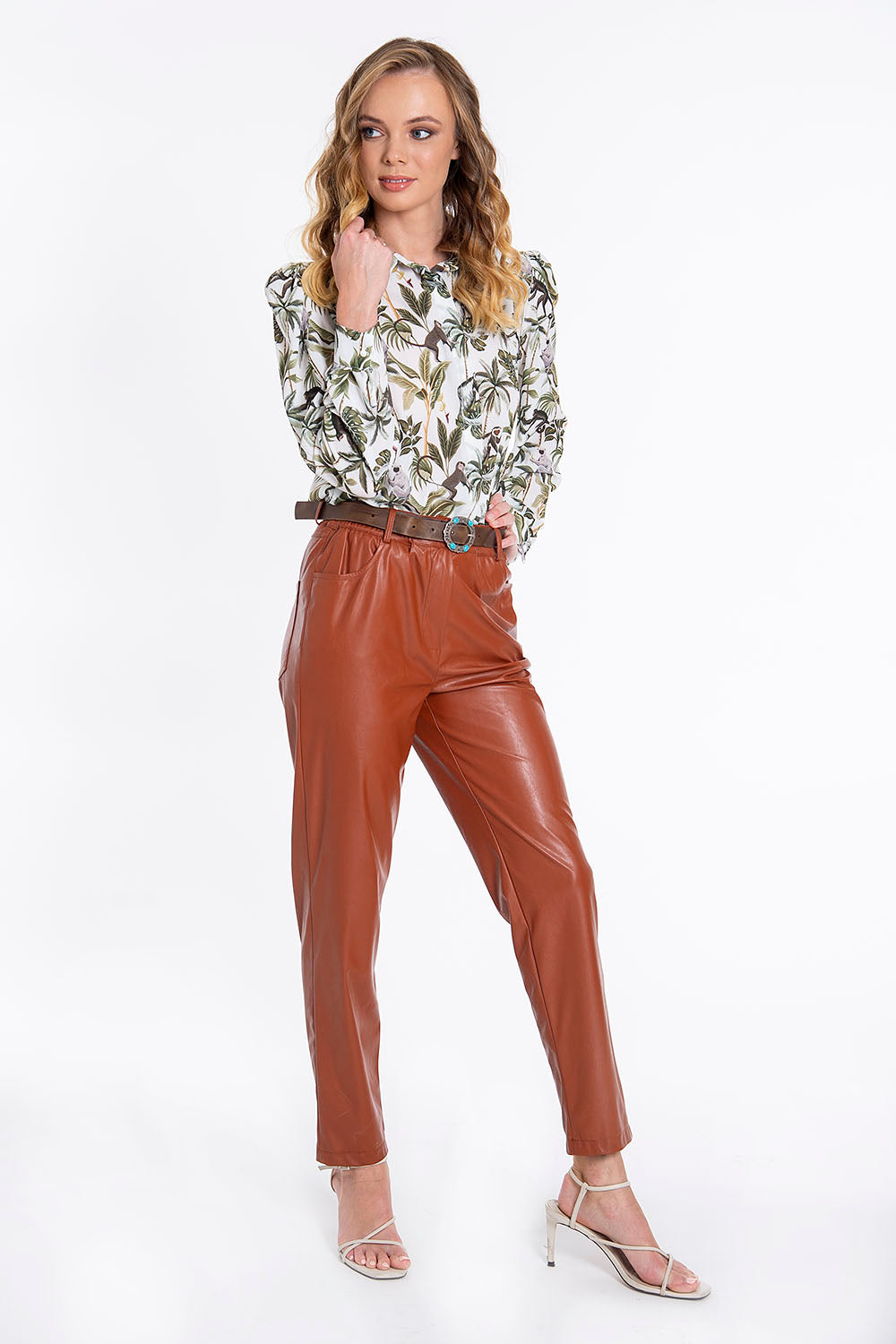 Tensione in faux leather ankle length belted trousers