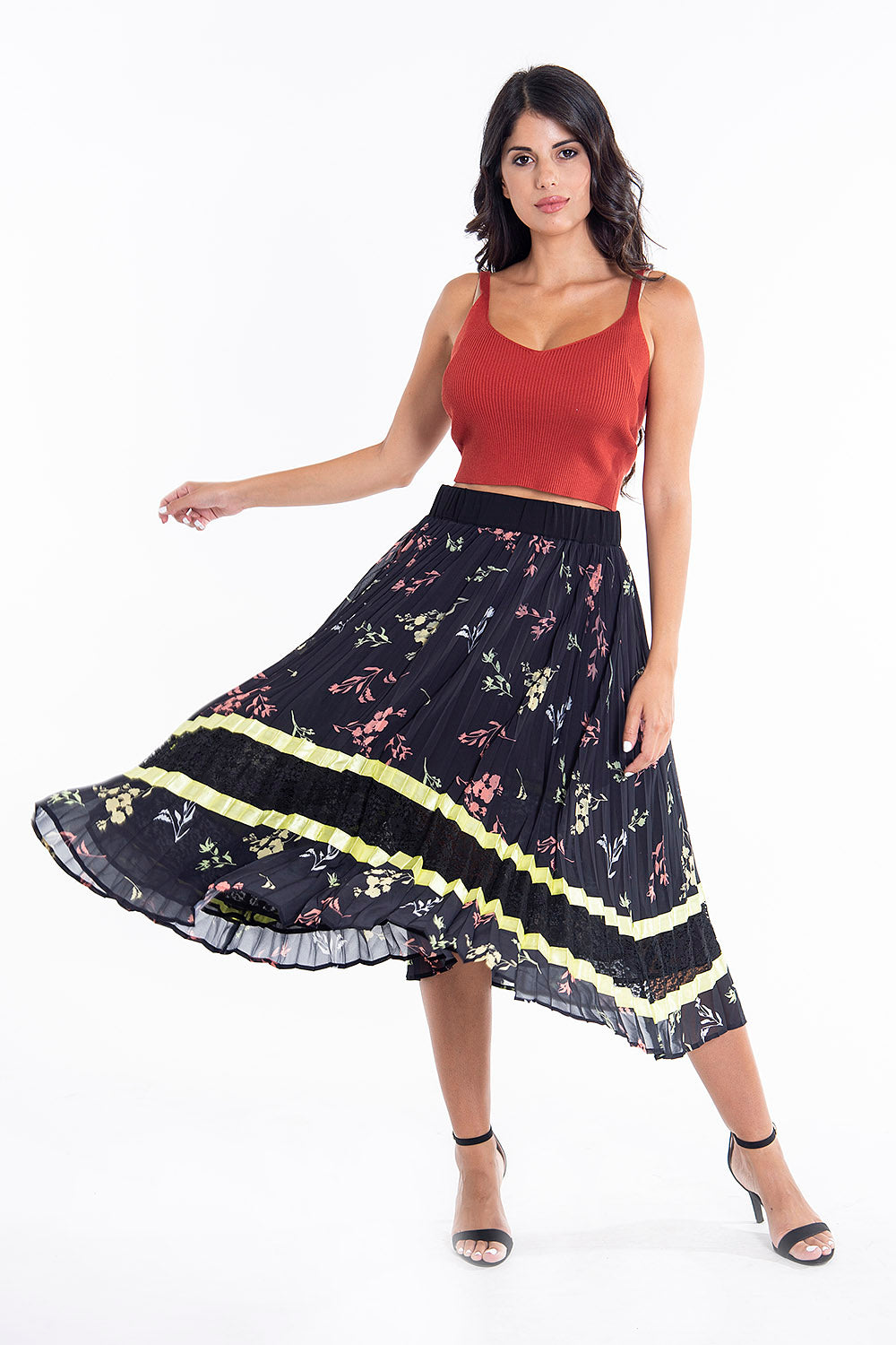 Sh pleated floral black midi skirt with lace detail