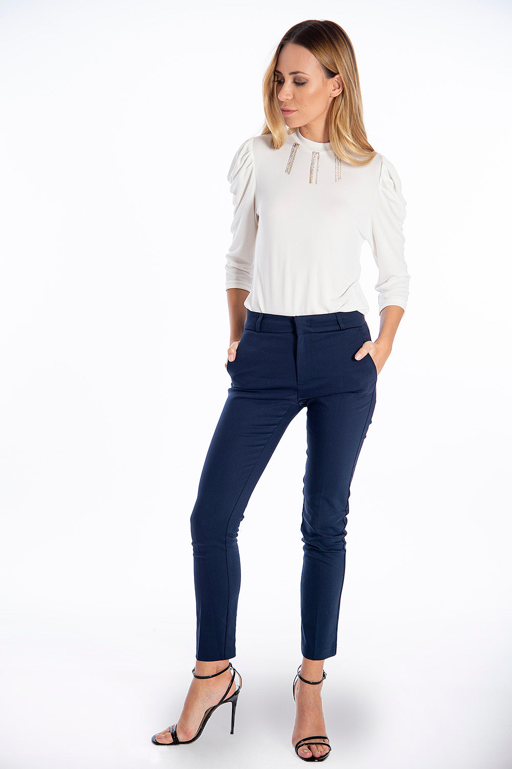 NúNu straight line trousers with concealed zip