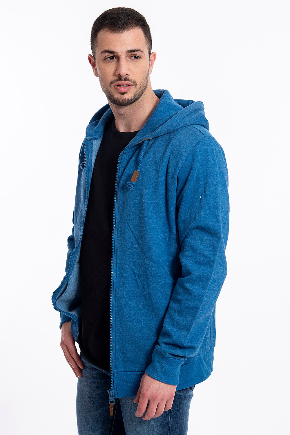 Sublevel hoddie with zip fastening