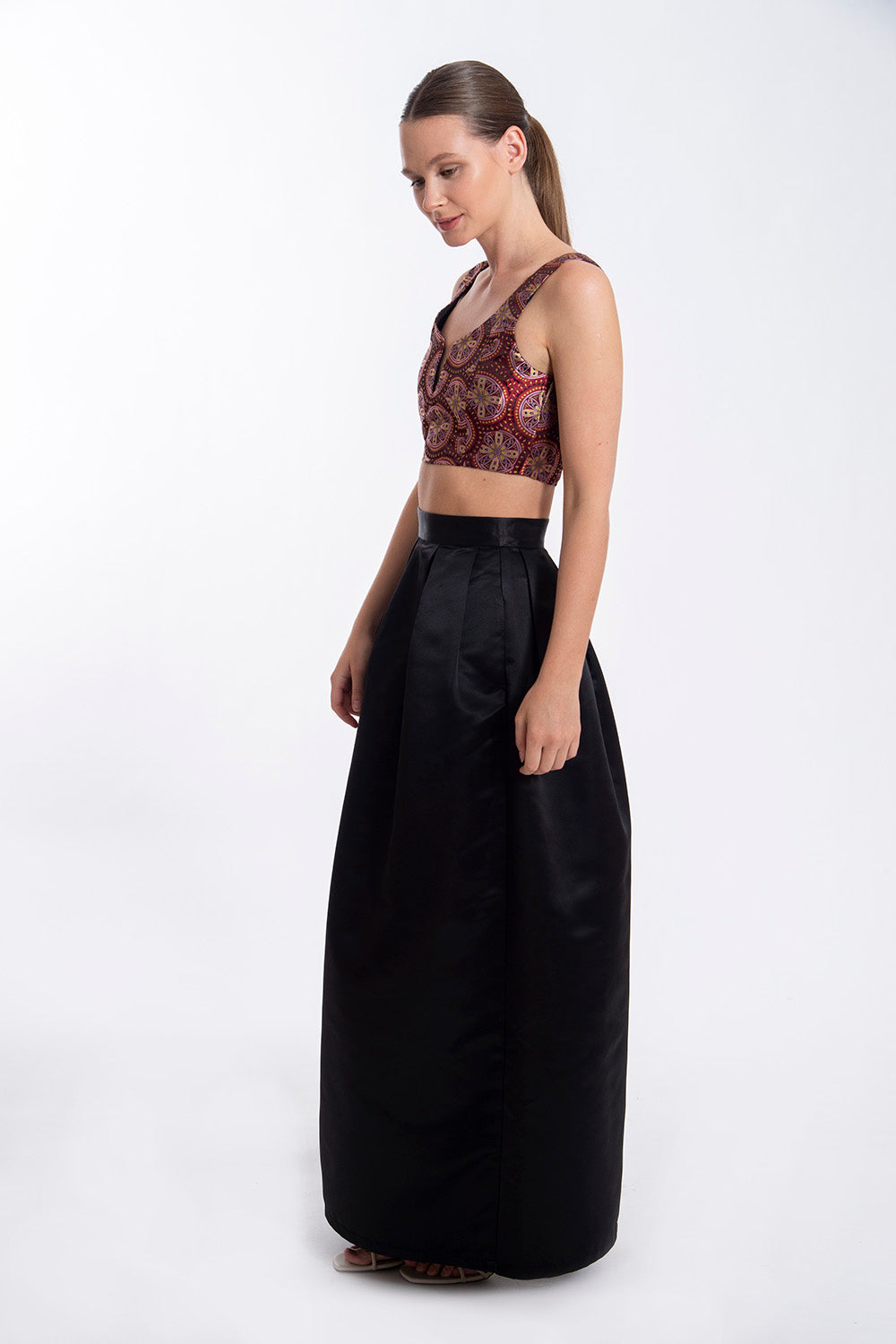 Glamorous barroque cropped top