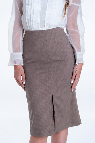 Akè check skirt with contrast back colour and split front and back