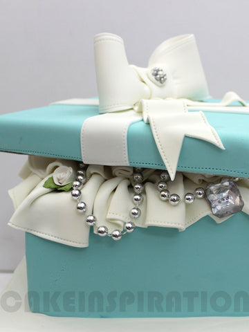 CUSTOMIZED WEDDING COLLECTION / 3d  / tiffany blue box pearly white  wedding cake / cupcakes