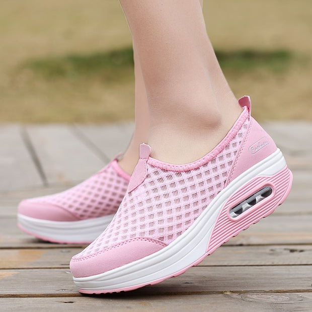 Women's breathable cushion platform casual tennis sneakers