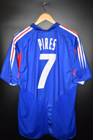 FRANCE ROBERT PIRES 2004 EURO CUP ORIGINAL JERSEY Size XL (VERY GOOD)